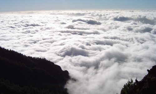 mar-de-nubes